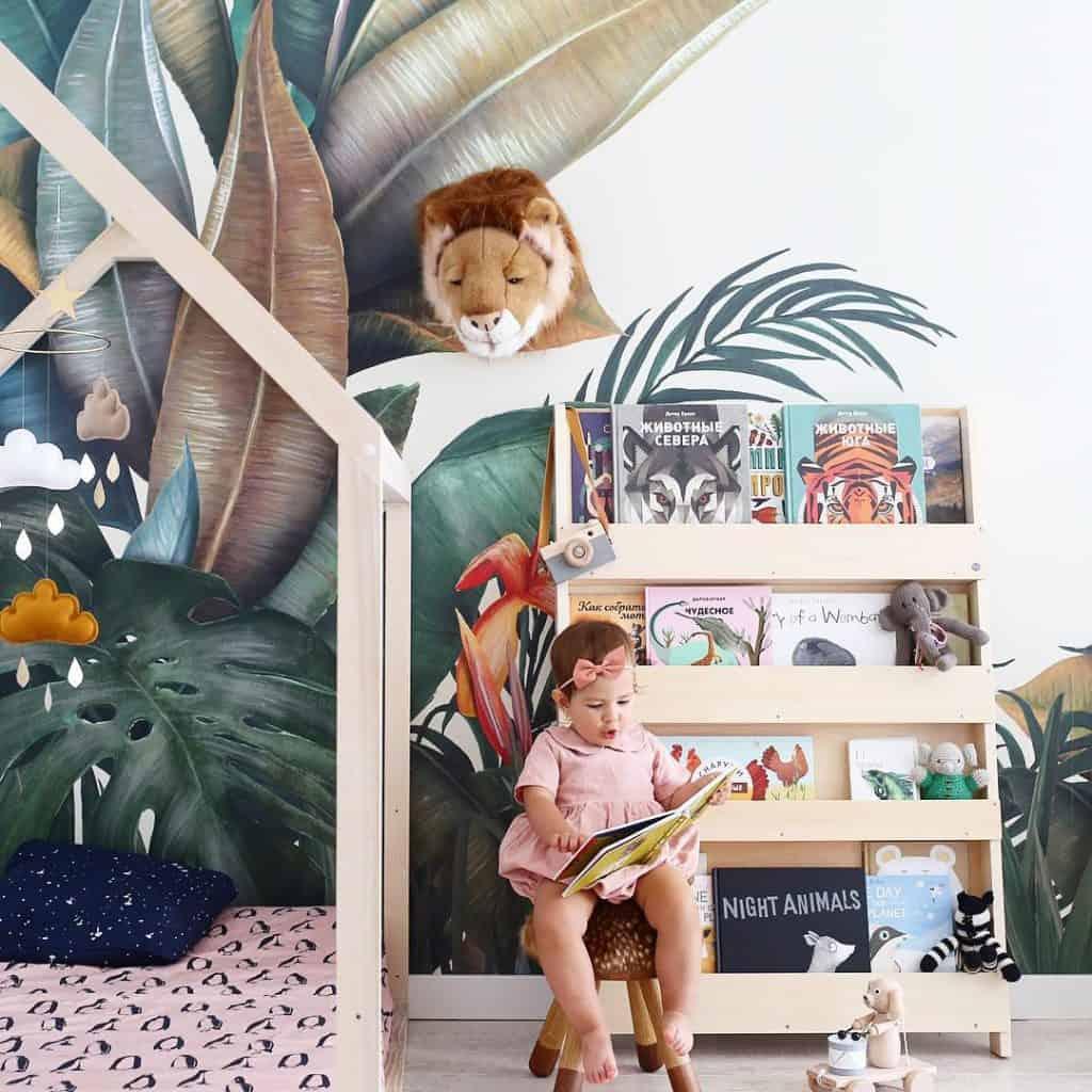 lesende kinder, kind vorlesen, tidy books, eigenständiges Lesen