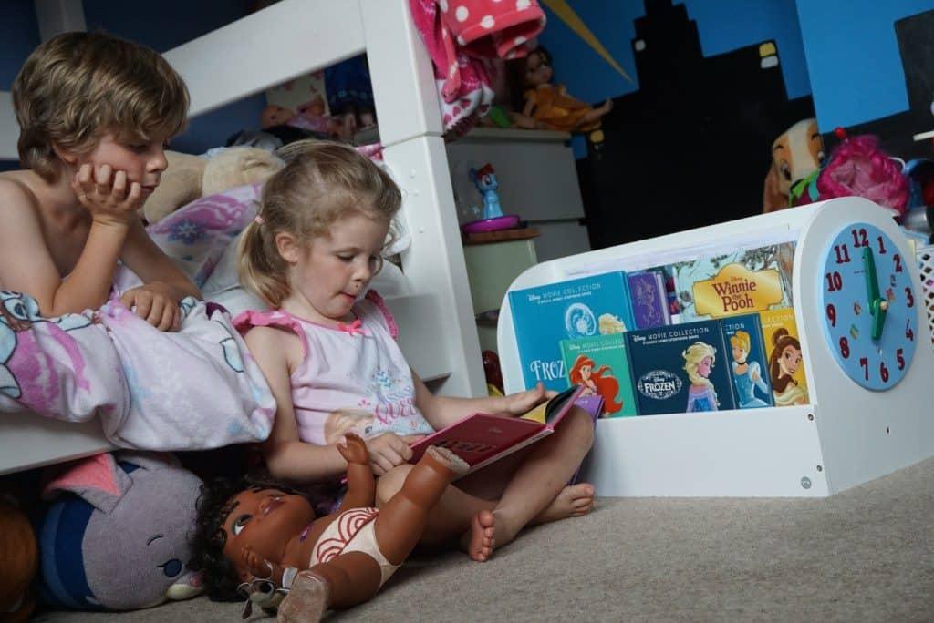 internationaler kinderbuchtag, kinderbücher, kinder lesen, tidy books